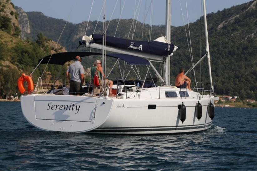Perfect-Sailing-Serenity