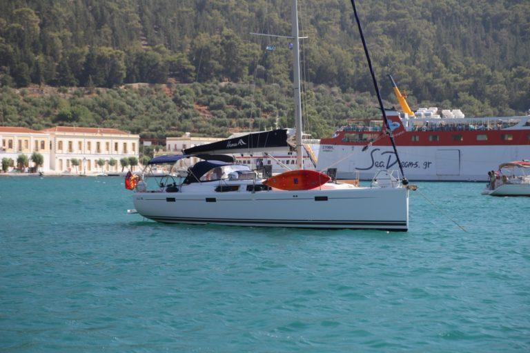 Perfect-Sailing-Serenity-Hanse-415-moored-Panormitis