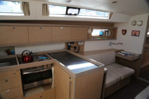 Beneteau-Oceanis-45-galley